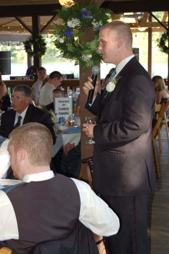 The Best Man (Eric) offering the toast.  He did a fine, fine job.  Brief, poignant, touching.